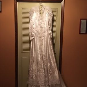 Vintage Mary's Bridal Wedding Dress 2432